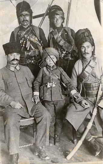 SIMKO (right) 1915
